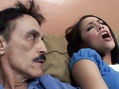 عروسک فیلم سکسی اتفاقی نوجوان در دهان